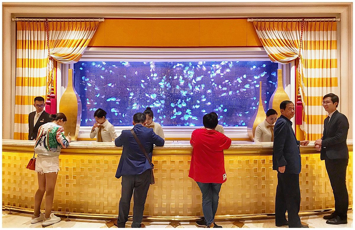 Moon-Jellyfish-Wynn-Macau