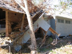 Charnley-Norwood Guest House. Ocean Springs Jackson County. MDAH 11-30-2005 from MDAH HRI db accessed 8-24-2014