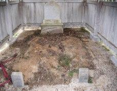 Criss gravehouse interior