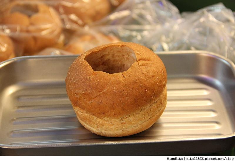 台中一中街好吃 一中麵包彈 義麵焗烤法國球 一中街美食4