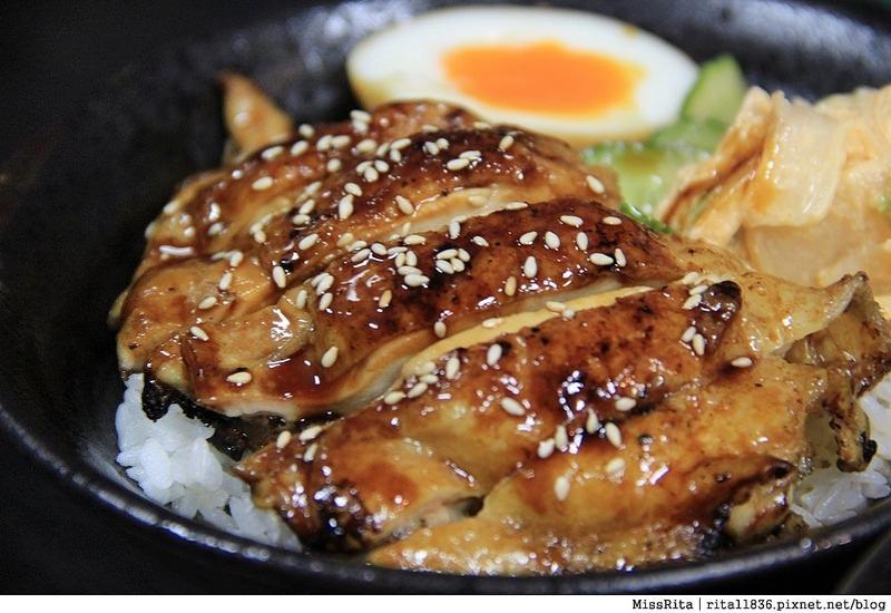 台中深夜食堂 台中火車站美食 台中好吃 台中日式 飯飯 台中燒肉飯 易之味手工泡菜 台中平價美食8