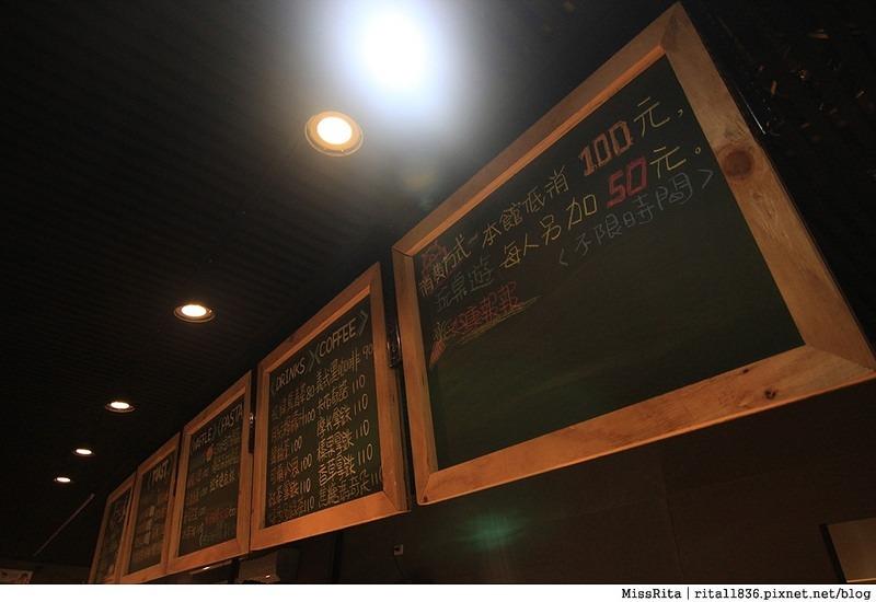 一粒麥子 台中桌遊 台中耶誕聚 台中桌遊店 一粒麥子桌遊 工業風 Dooopo 都品家居24