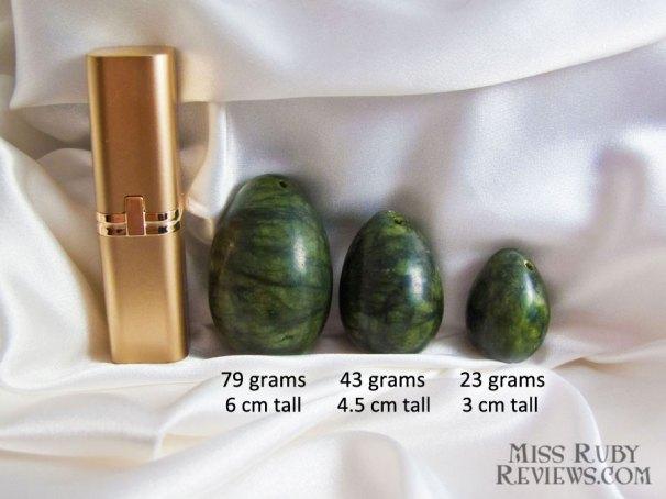 Standard lipstick case for scale