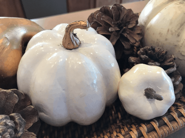 Simple and Easy Ways to Add Fall to Your Home, fall home decor, pumpkin decor, easy home decor, DIY chalk paint pumpkin
