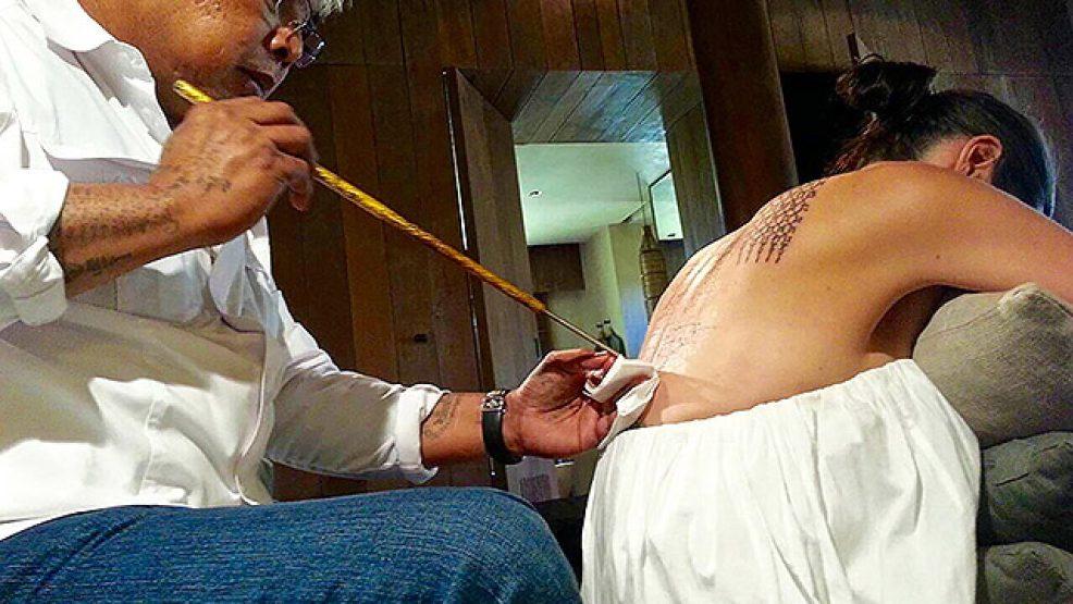 анджелина джоли и брэд питт сделали татуировки чтобы спасти брак