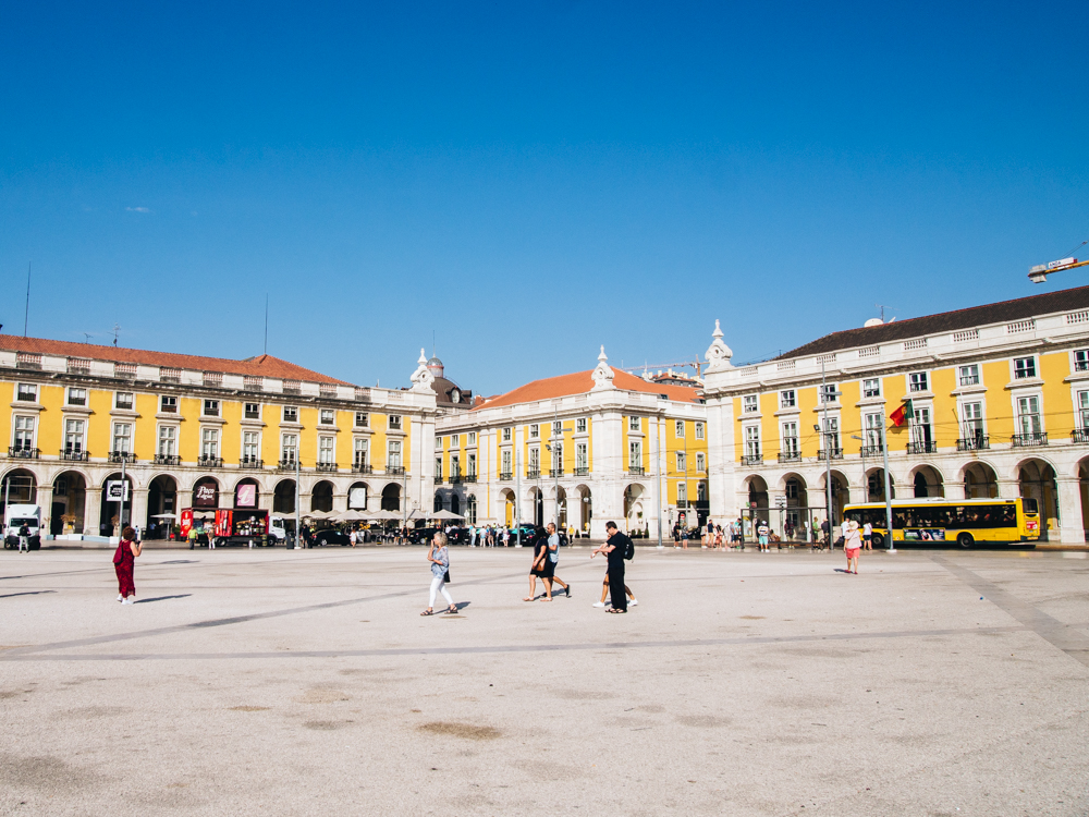 MY FIRST DAY IN LISBON