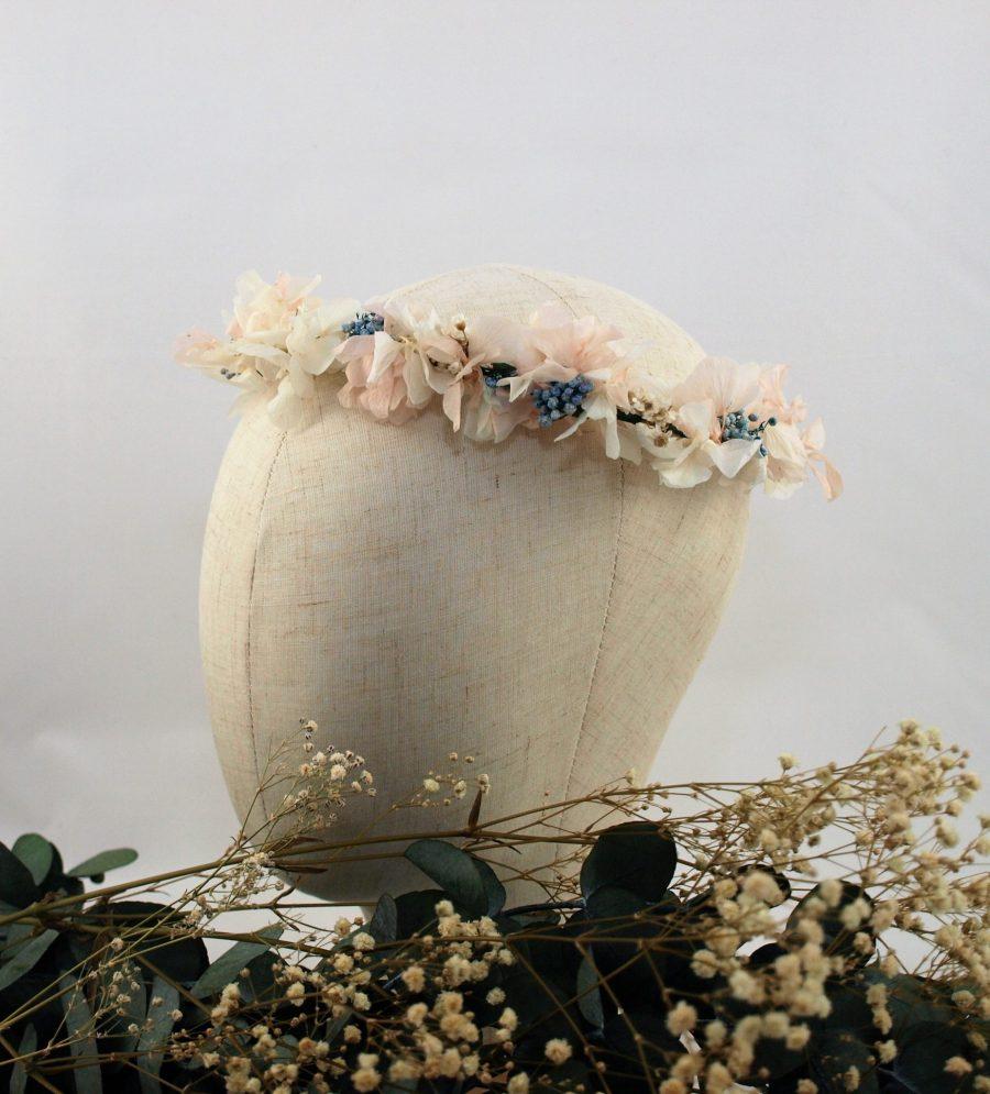 Corona de flores preservadas Querubina