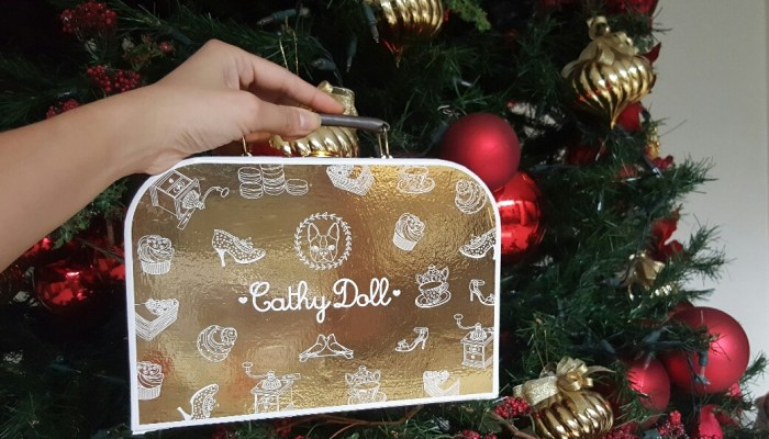 GET A FREE CATHY DOLL GOLDEN GIFT BOX