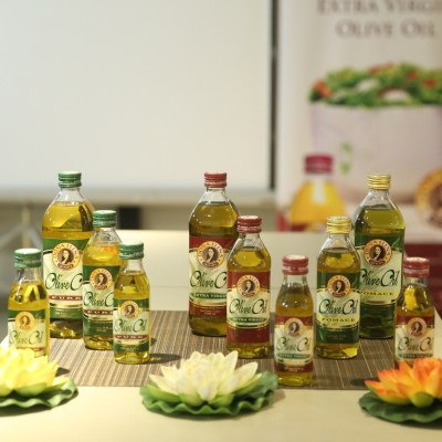 SPECIAL DOÑA ELENA OLIVE OIL DISHES AT 49-B HEIRLOOM KITCHEN