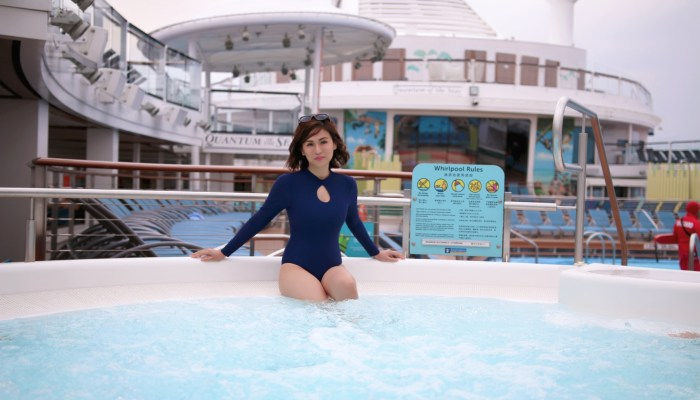 TOP 10 MUST-DO ON A CRUISE SHIP