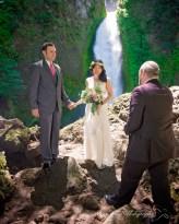 Columbia Gorge Wedding Photographer
