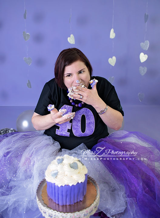 New Bedford Photographer Has Her Own Smash Cake Session