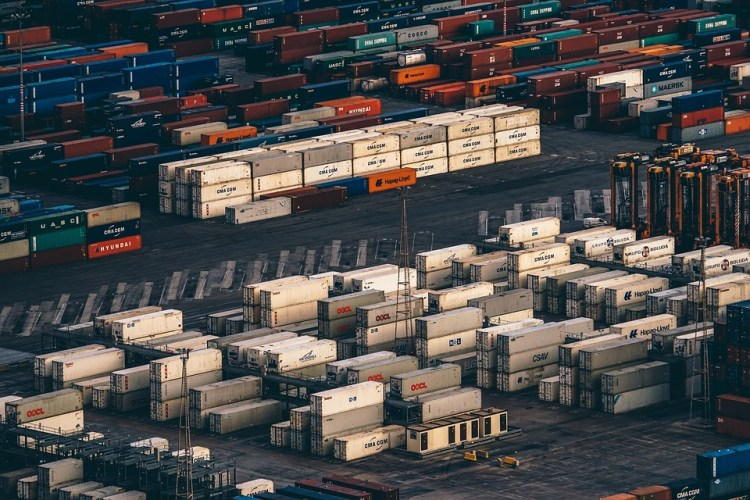 Dry dan Refeer Container - Mister Exportir