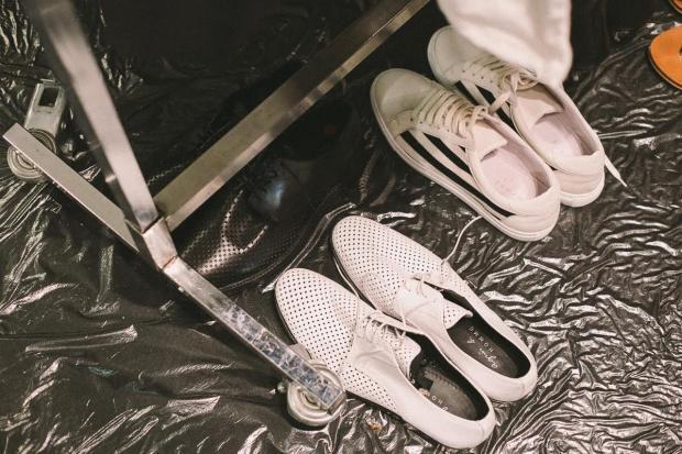 backstage-agnès-b-fashion-show-ss16-menswear-paris-fashion-week-blogueur-homme-bordeaux-paris-fashion-blogger-accessories-shoes