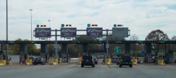 EZ Pass lanes on highway