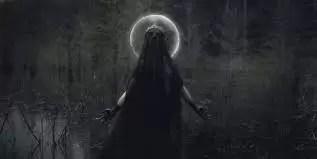 Lilith associata alla luna nera in astrologia karmica.
