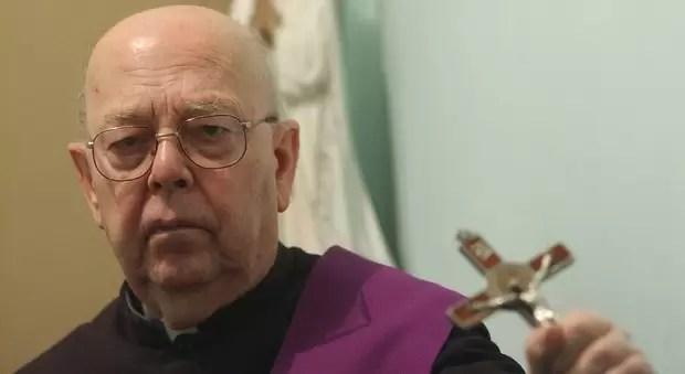 Padre Amorth: esorcista.