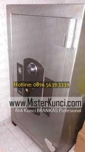 Jasa Ahli Kunci Brankas Panggilan di Mlatiharjo, Semarang Timur, Semarang hubungi 0896-5639-3339