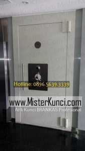 Tukang Kunci Brangkas Panggilan Profesional Terpercaya di Tugurejo, Tugu, Semarang hubungi 0896-5639-3339