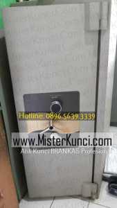 Tukang Kunci Brankas Panggilan di Bubakan, Mijen, Semarang hubungi 0896-5639-3339