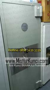 Jasa Ahli Kunci Brangkas Panggilan Profesional Terpercaya di Jangli, Tembalang, Semarang hubungi 0896-5639-3339