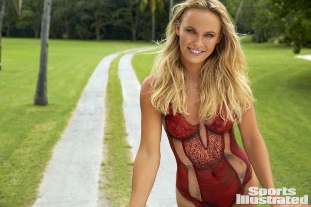caroline-wozniacki-nue-2016-bodypaint-sports-illustrated_4