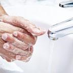 Чем лучше наносить мыло на кожу? 6 популярных способов 1