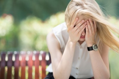 人を信用できない人の5つの特徴・原因とは?恋愛傾向や克服する方法まで人間不信で苦しんだ筆者が解説!