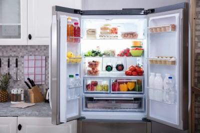 冷蔵庫の夢の11個の意味!生活の象徴?壊れる/空っぽ/開けるなどスピリチュアル好きな筆者がパターン別に解説