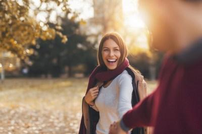 引き寄せの法則で恋愛を叶える3つの方法!3個の前兆・寝る前にやることなどスピリチュアルに詳しい筆者が徹底解説!