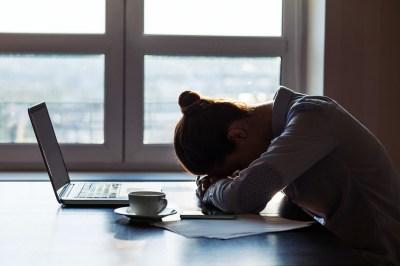 仕事が辛いと感じる…その原因はなに?対処法と適職の探し方を休職も経験した筆者が解説