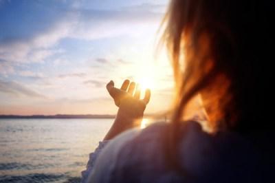 人生の転機が訪れる時の5つのスピリチュアルな前兆とは?やるべきことや見逃さないための習慣も人生の転機に成功した筆者が解説します
