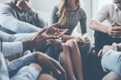 人前でうまく話すためのたった5つのコツとは?原因もビジネスプランコンテスト受賞者が解説