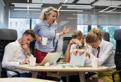 職場で嫌われる人がやりがちな6つの行為と特徴・接し方を様々なタイプの人と接してきた筆者が解説!