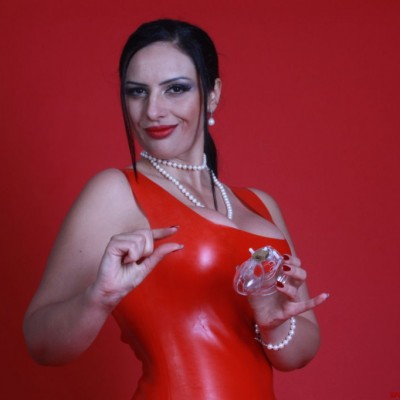 Chastity Keyholder  Goddess Ezada Sinn