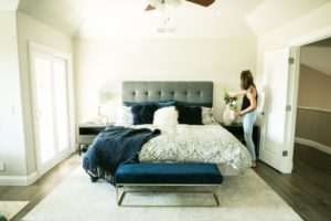 It's time to ready the spare bedroom for holiday guests!