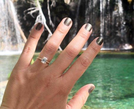 Engagement ring proposal at Hanging Lake Trail Colorado