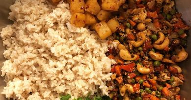 Vegan Pineapple Fried Rice w/tofu