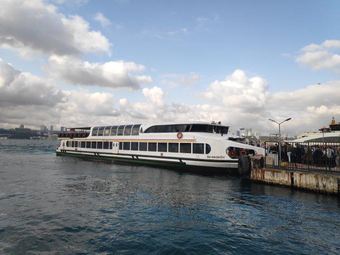 Ferry a Usküdar Estambul