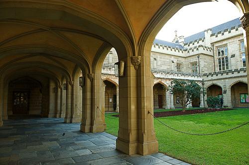 みす夫は永住権を意識してオーストラリアの大学院に正規留学します