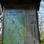 Infotafel ehemalige Wallanlage auf dem Plateau Gangolfsberg im Biospärenreservat Rhön