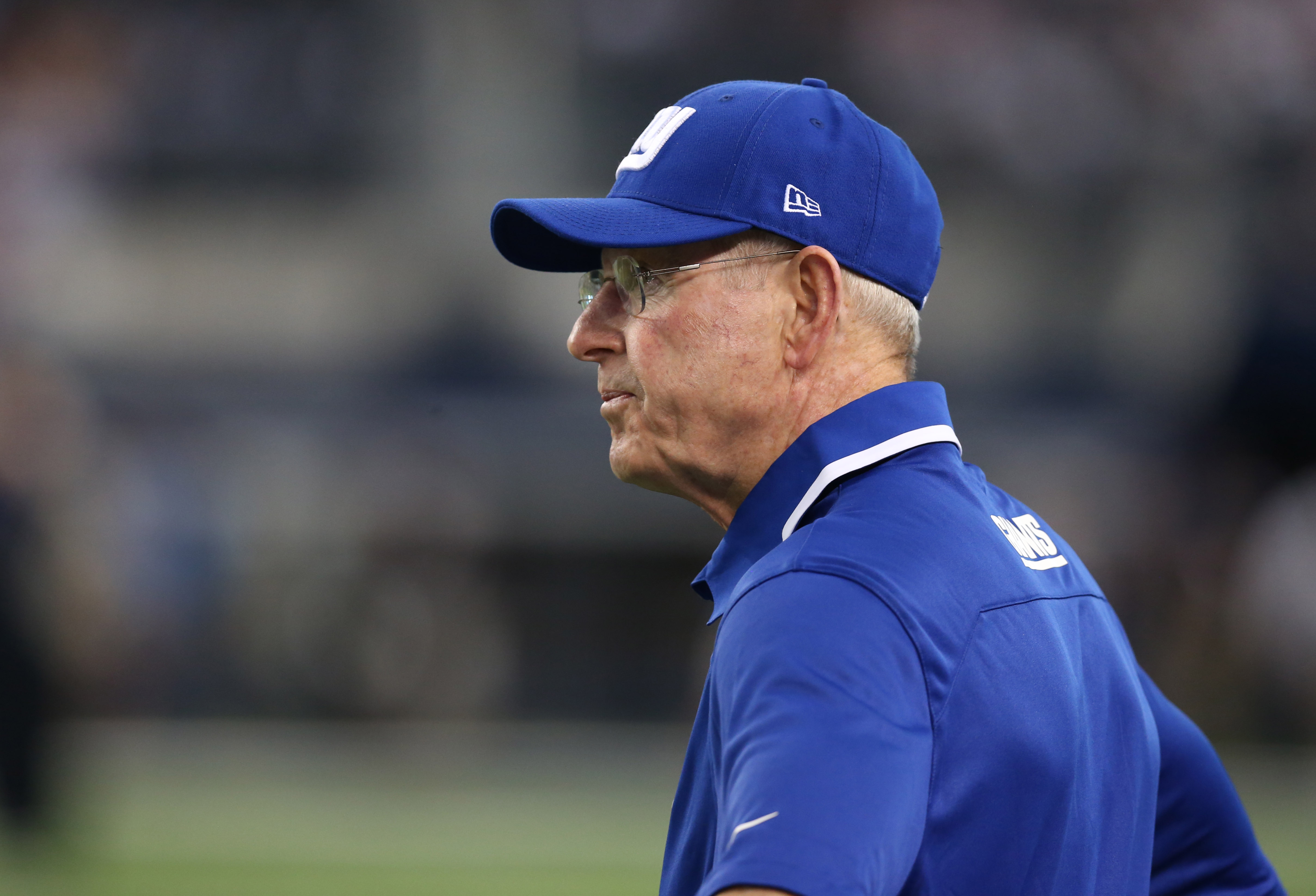 Giants coach Tom Coughlins brother dies after sudden fall out of taxi