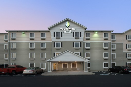 WoodSpring Suites, Evansville IN
