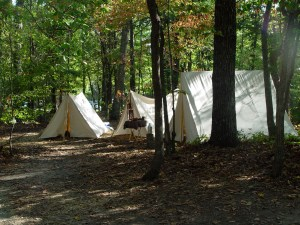 Photo of a Revolutionary War-style encampment