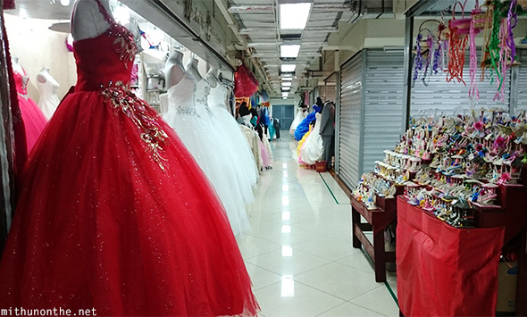 Philippines: Bargain Shopping In Manila; Paseo De Santa