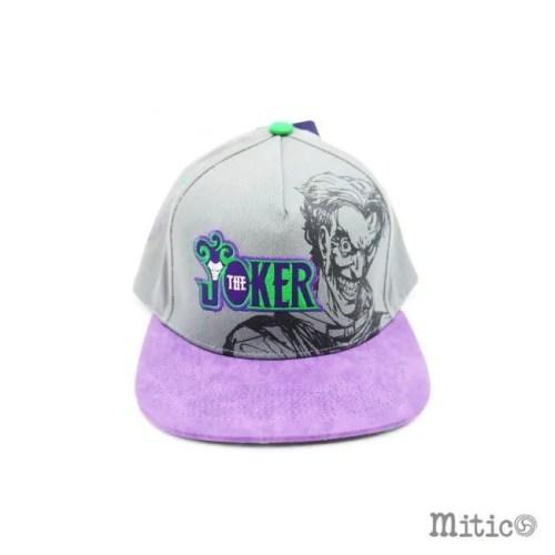 cappello con visiera joker