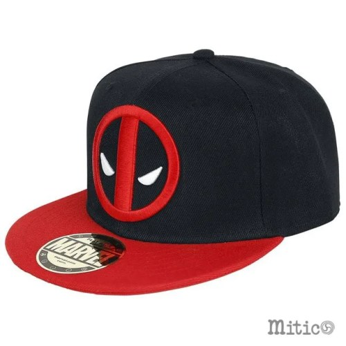 cappello con visiera deadpool