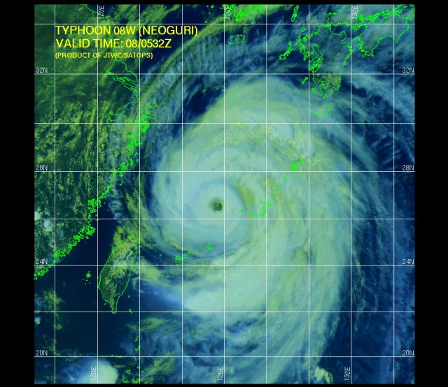 Infrared satellite image (JTWC) of 8 July 2014 showing Typhoon NEOGURI moving generally northward as it makes a gradual turn NE toward Japan