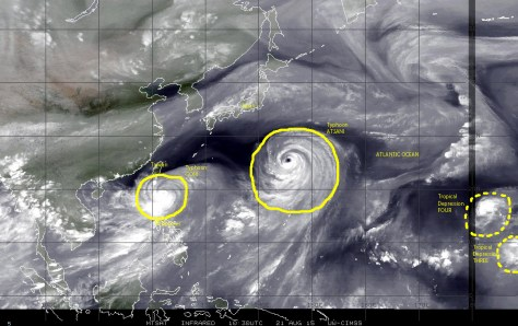 Mosaic of satellite images of 21 August 2015 over the Pacific basin showing two strong typhoons over the northwestern Pacific, and two tropical depressions over the central Pacific