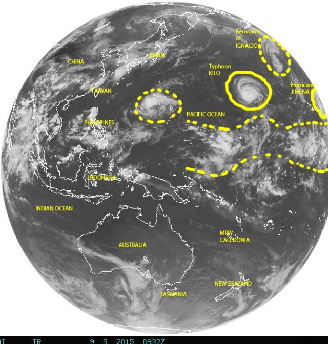 Full Earth disk image on 09/05/2015 from the central to the western Pacific